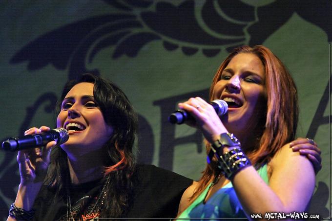 Sharon (Within Temtation) & Charlotte (Delain)
