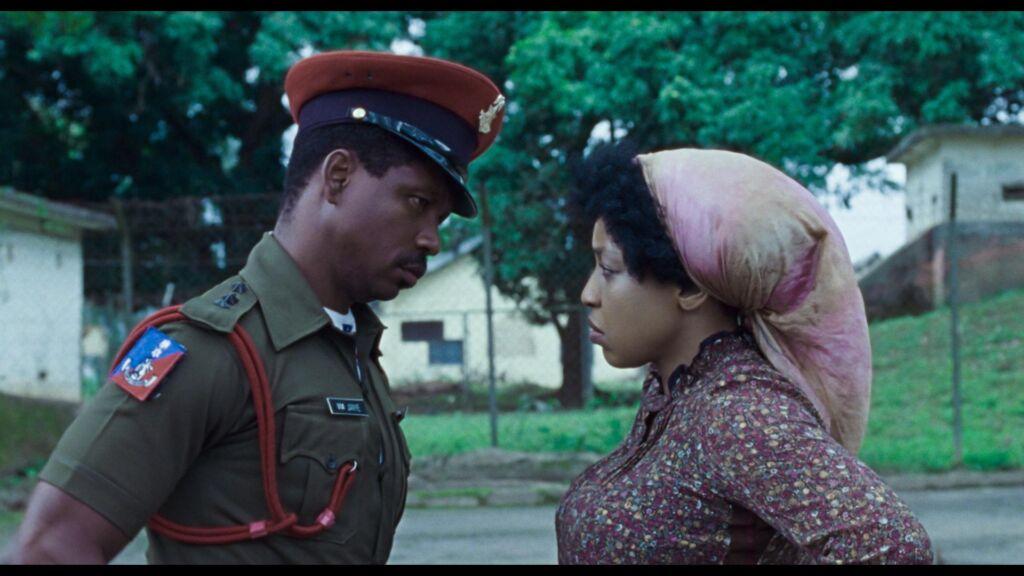 1976- Entre o Amor e a Revolução